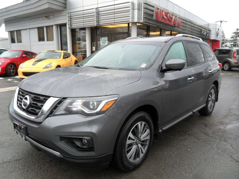 2017 Nissan Pathfinder for sale in Kamloops, British Columbia