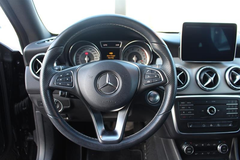2015 Mercedes-Benz CLA for sale in Newmarket, Ontario