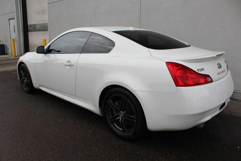 2009 Infiniti G37 Coupe for sale in Edmonton, Alberta