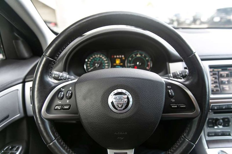 2013 Jaguar XF for sale in Victoria, British Columbia