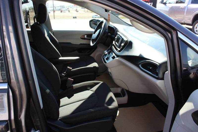 2017 Chrysler Pacifica for sale in Peace River, Alberta
