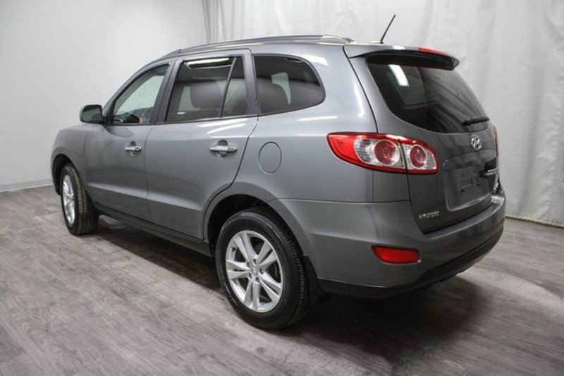 2010 Hyundai Santa Fe for sale in Moose Jaw, Saskatchewan