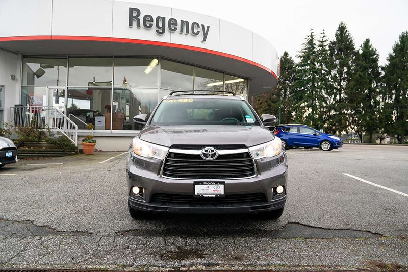 2016 Toyota Highlander for sale in Vancouver, British Columbia