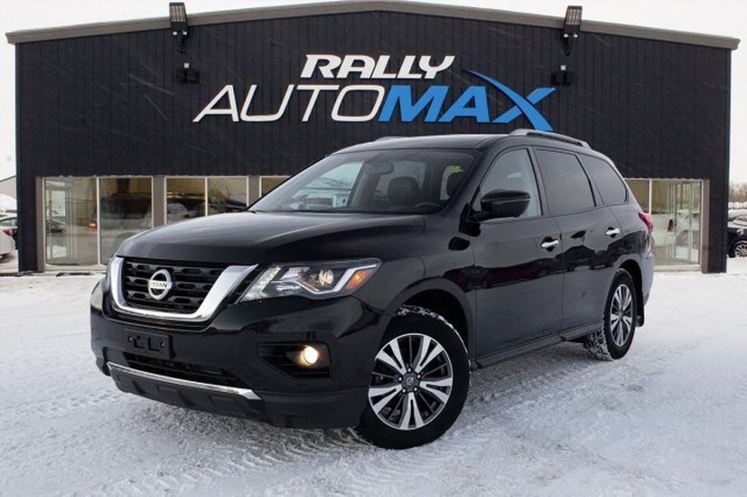 2017 Nissan Pathfinder for sale in Prince Albert