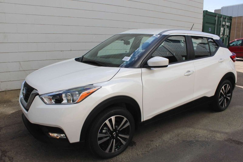 White 2019 Nissan Kicks SV for sale in Edmonton, Alberta