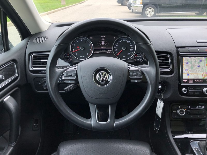 2016 Volkswagen Touareg for sale in London, Ontario