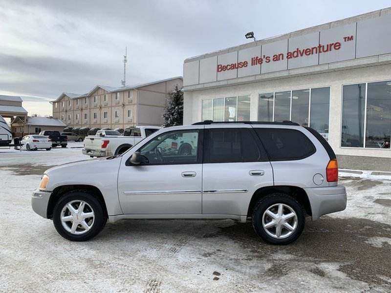 2008 GMC Envoy for sale in Moose Jaw, Saskatchewan