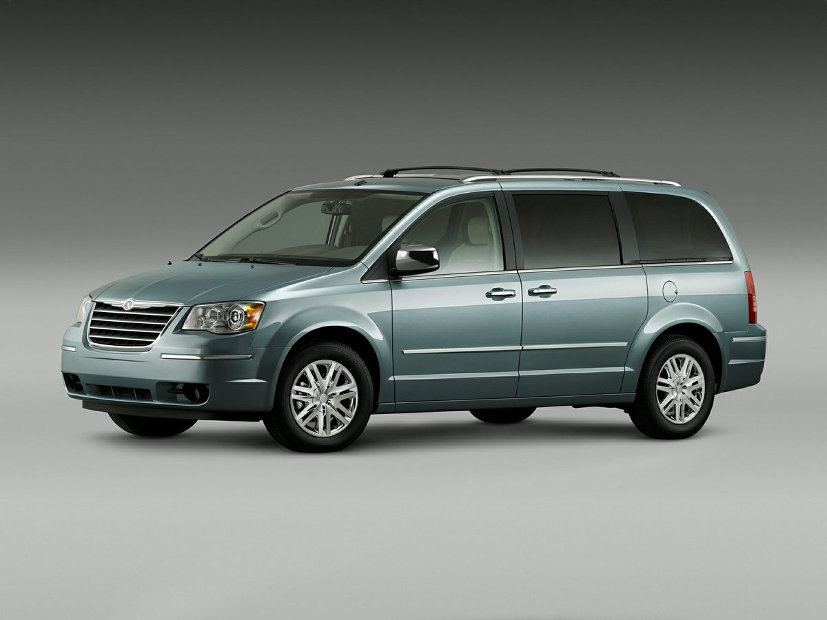 2010 Chrysler Town & Country for sale in Edmonton, Alberta
