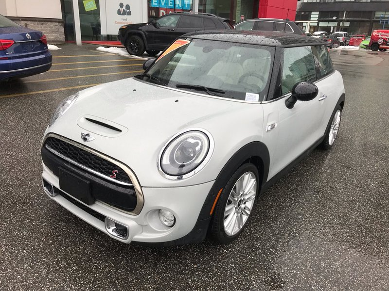 2014 MINI Cooper Hardtop for sale in Richmond, British Columbia