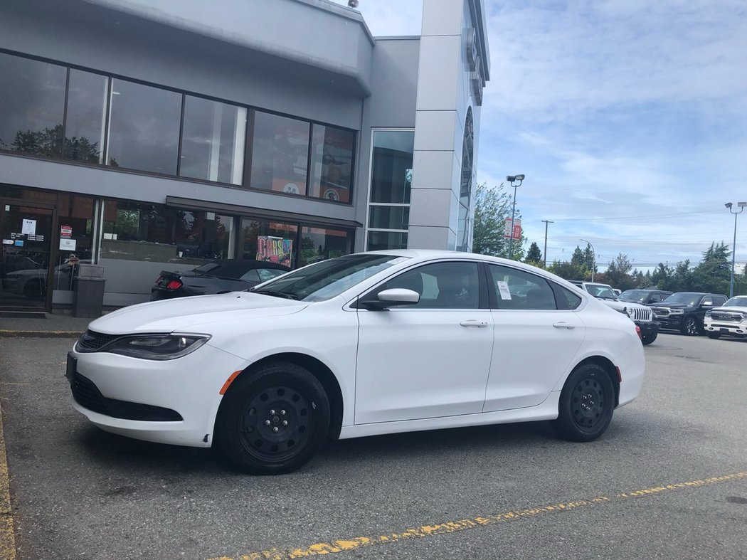 2015 Chrysler 200 For Sale >> 2015 Chrysler 200 For Sale In Surrey British Columbia