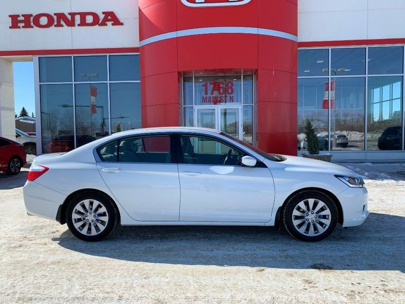 2014 Honda Accord Sedan for sale in Moose Jaw, Saskatchewan