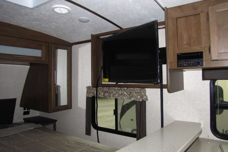 2019 Keystone Cougar 22RBSWE Only $172 biweekly OAC. New Travel Trailer RV, sleeps 4, couples unit! for sale in Edmonton, Alberta