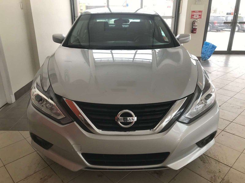 2016 Nissan Altima for sale in Red Deer, Alberta