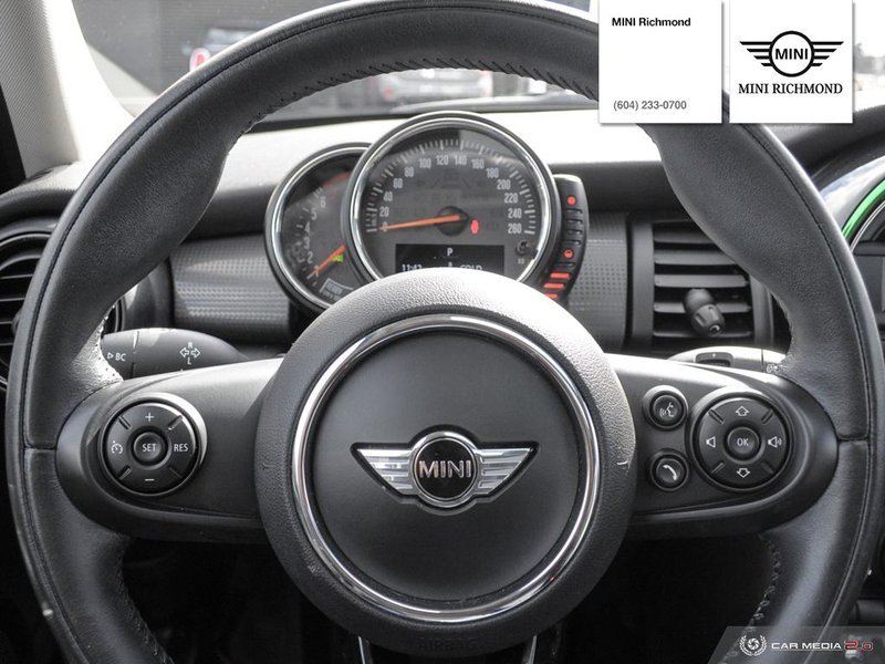 2015 MINI Cooper Hardtop 5 Door for sale in Richmond, British Columbia