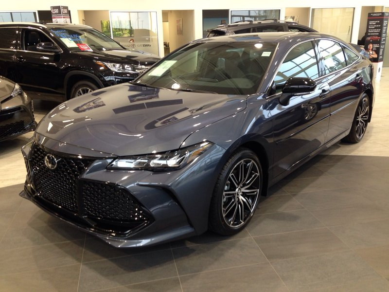 2019 Toyota Avalon for sale in Edmonton, Alberta