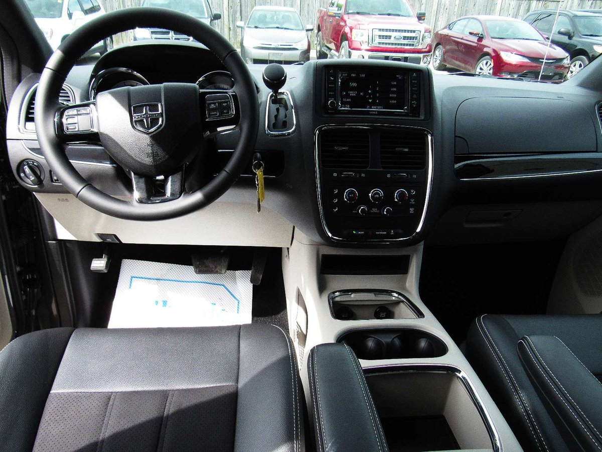 2017 Dodge Grand Caravan for sale in Midland, Ontario