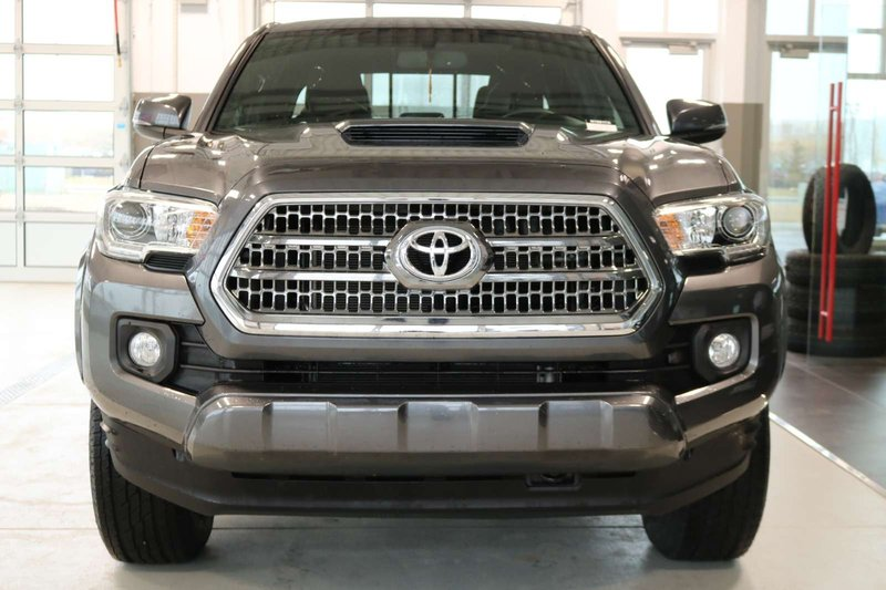 2017 Toyota Tacoma for sale in Cochrane, Alberta