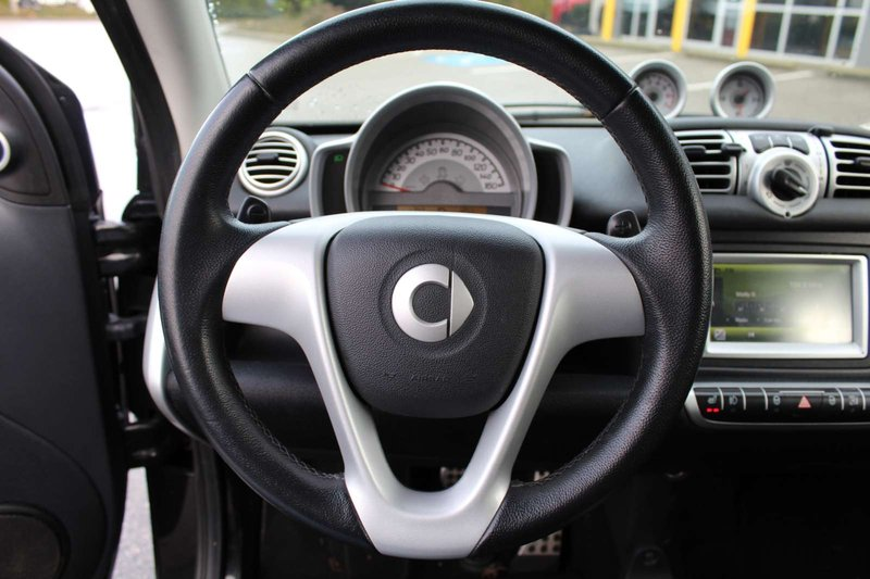2011 smart fortwo for sale in Langley, British Columbia