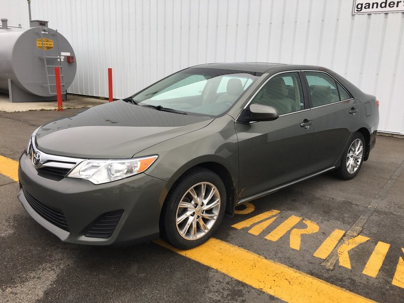 2014 Toyota Camry for sale in Gander, Newfoundland and Labrador