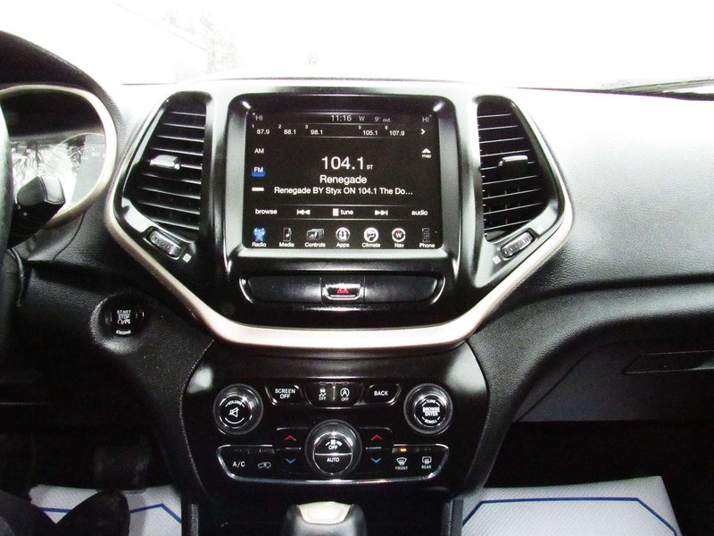 2016 Jeep Cherokee for sale in Midland, Ontario