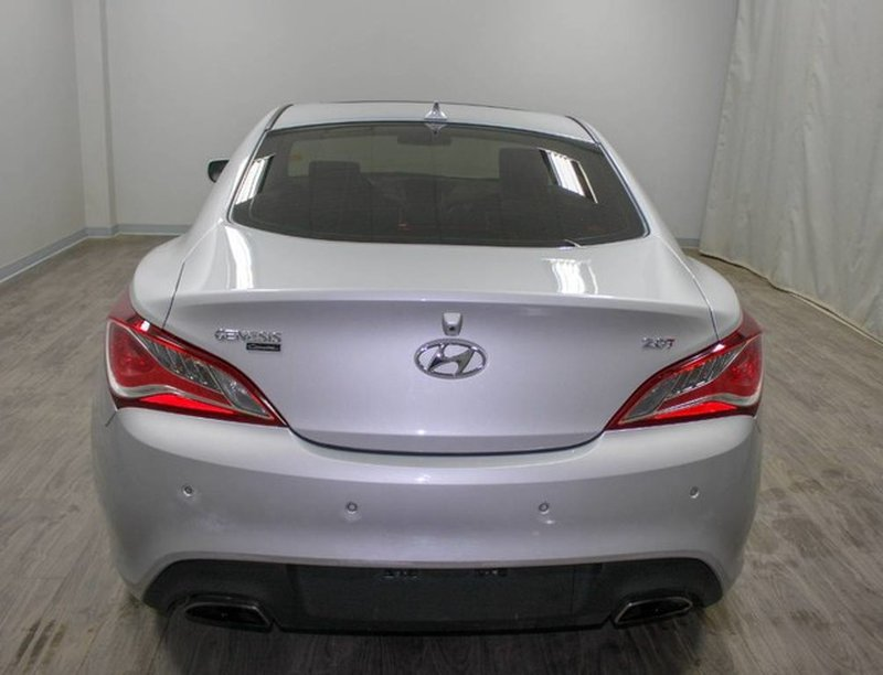 2014 Hyundai Genesis Coupe for sale in Moose Jaw, Saskatchewan