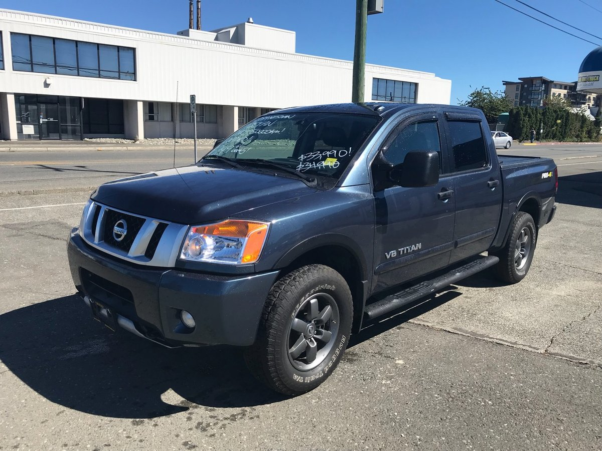 2014 nissan titan for sale in campbell river. Black Bedroom Furniture Sets. Home Design Ideas