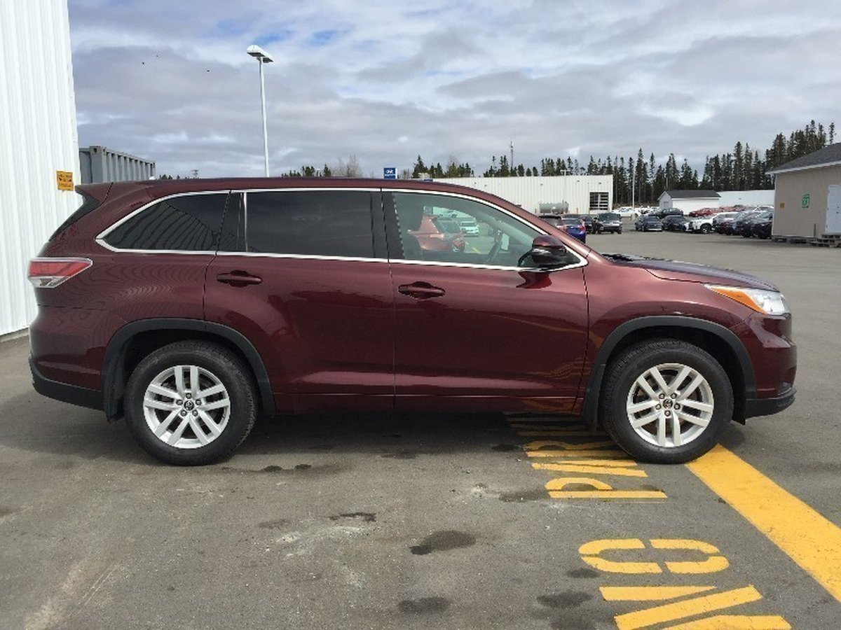 2016 Toyota Highlander for sale in Gander, Newfoundland and Labrador