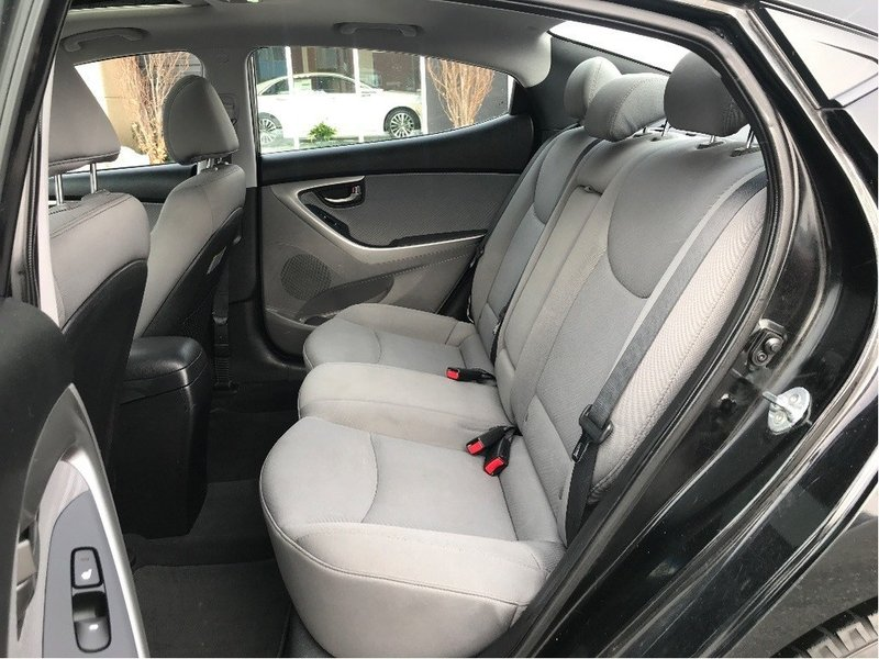 2013 Hyundai Elantra for sale in Chatham, Ontario
