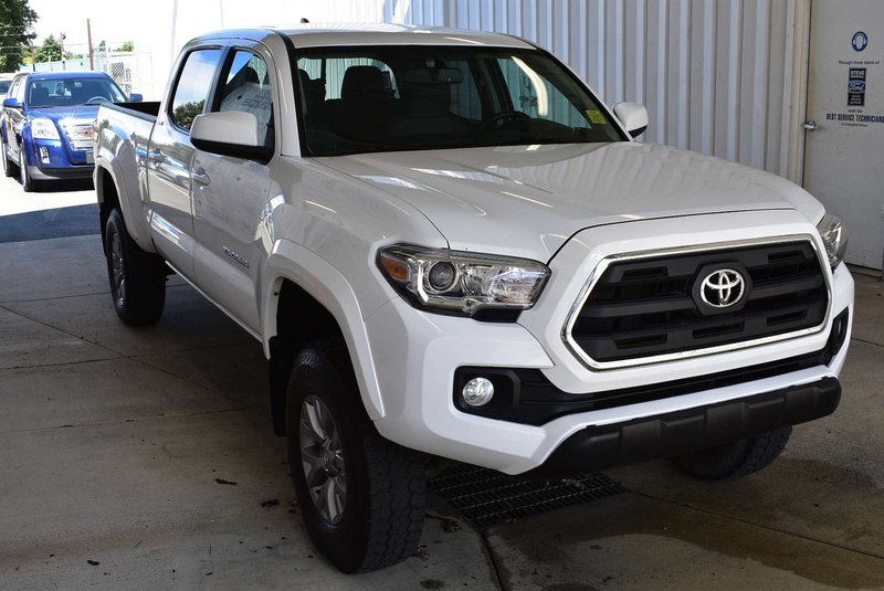 2016 Toyota Tacoma for sale in Campbell River, British Columbia