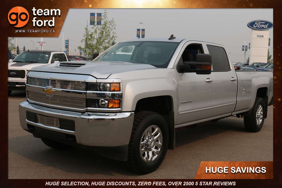 Delivering Immense Capability And A Comfortable Ride Our 2017 Chevrolet Silverado 3500 Lt Crew Cab 4wd Takes Your Drive Up Notch