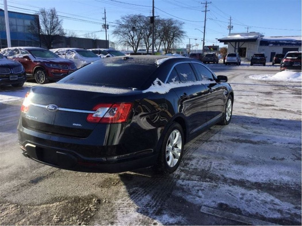 2011 ford taurus for sale in chatham. Black Bedroom Furniture Sets. Home Design Ideas