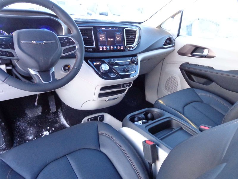 2018 Chrysler Pacifica for sale in Yellowknife, Northwest Territories