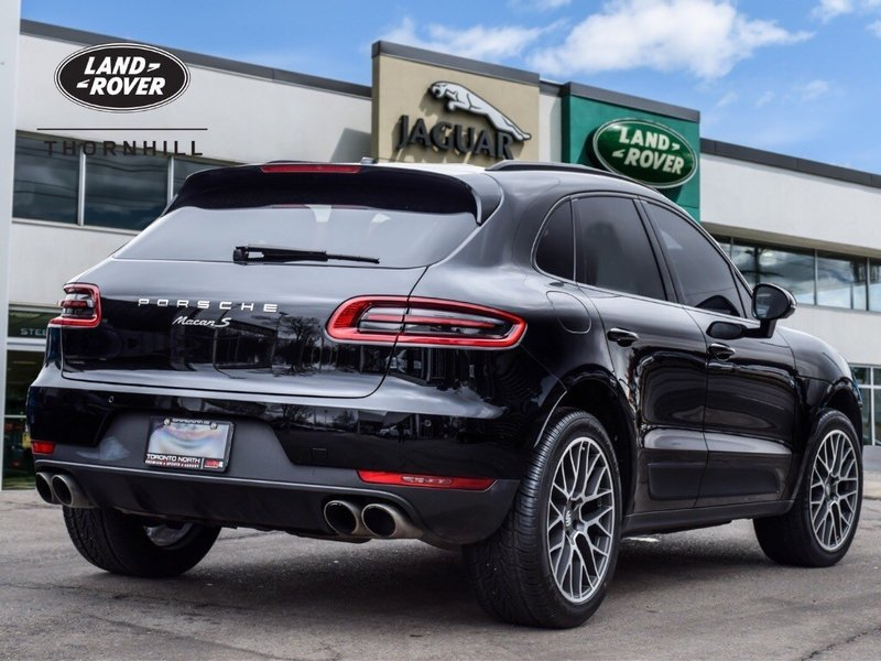 2016 Porsche Macan for sale in Thornhill, Ontario