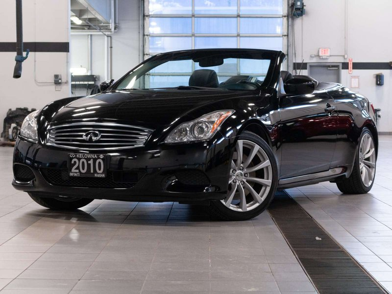 2010 Infiniti G37 Convertible for sale in Kelowna, British Columbia