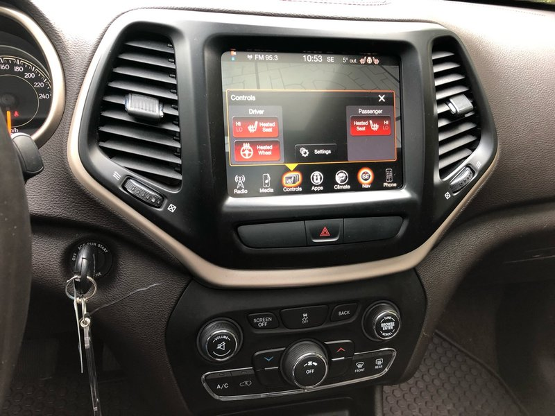 2016 Jeep Cherokee for sale in Surrey, British Columbia