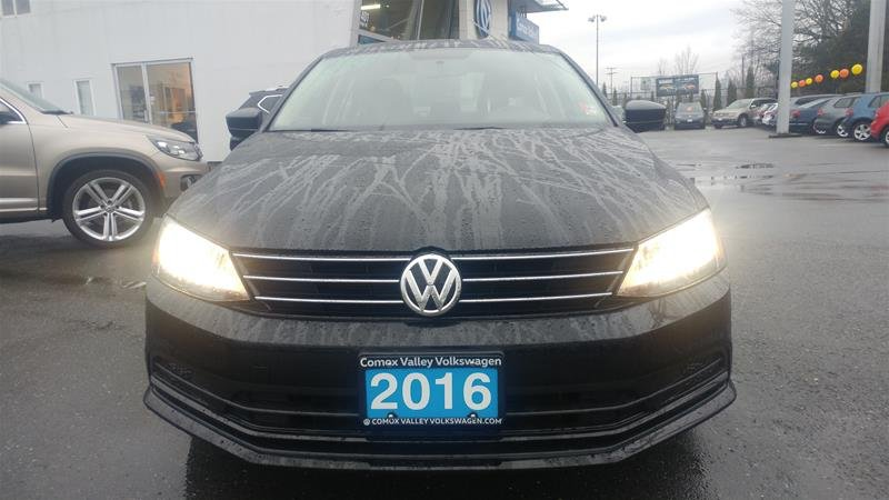 2016 Volkswagen Jetta Sedan for sale in Courtenay, British Columbia