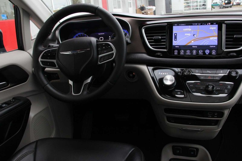 2017 Chrysler Pacifica for sale in Kamloops, British Columbia