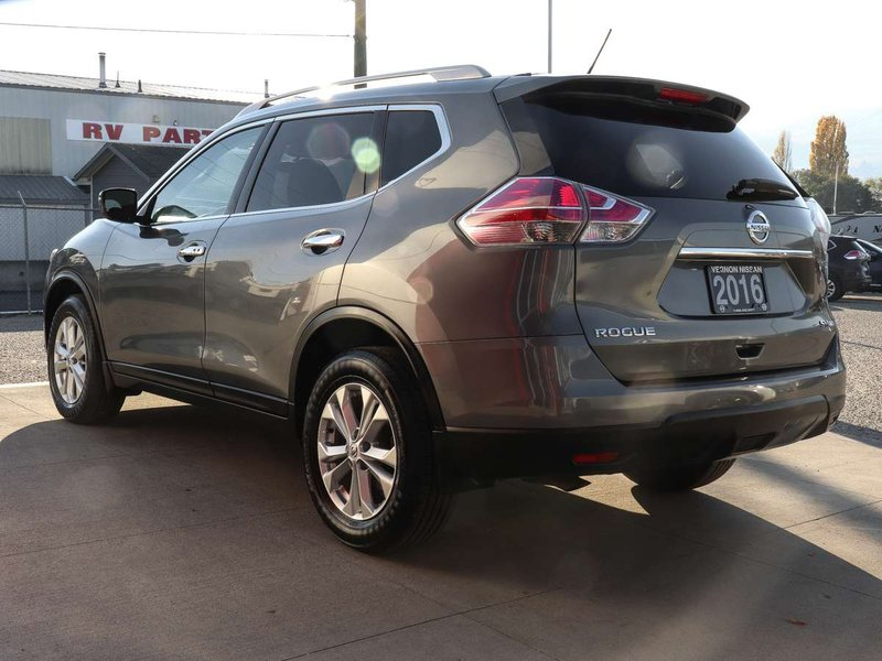 2016 Nissan Rogue for sale in Vernon, British Columbia