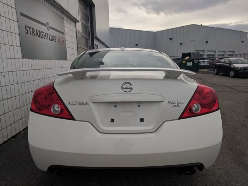 2009 Nissan Altima for sale in Calgary, Alberta