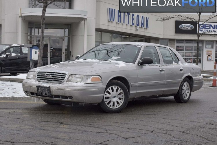 2005 Ford Crown Victoria LX for sale in Mississauga, Ontario