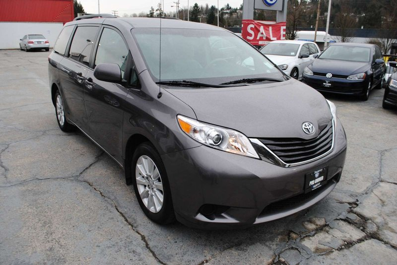 2011 Toyota Sienna for sale in Coquitlam, British Columbia