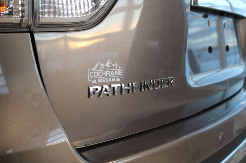 2014 Nissan Pathfinder for sale in Cochrane, Alberta