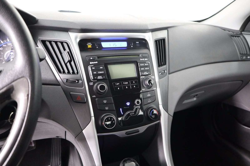2011 Hyundai Sonata for sale in Huntsville, Ontario