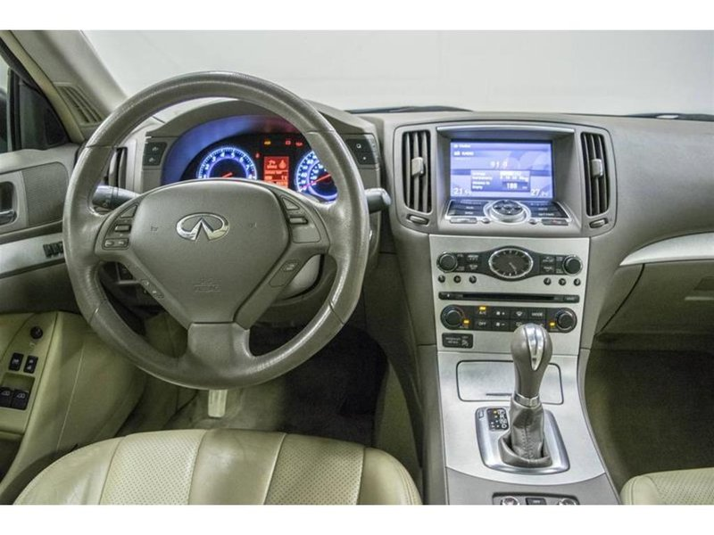 2009 Infiniti G37 Coupe for sale in Dollard-Des Ormeaux, Quebec