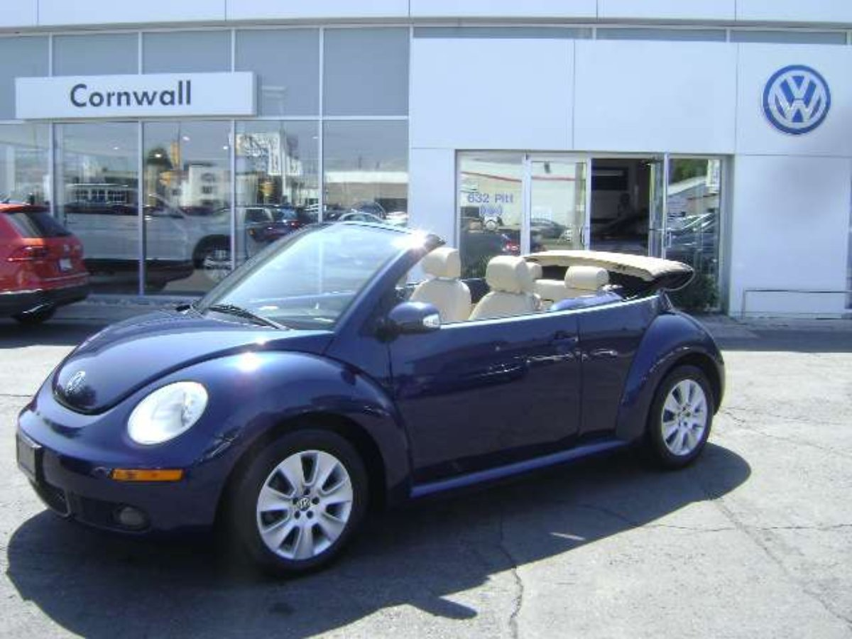 2008 Volkswagen New Beetle Convertible à vendre à Cornwall, Ontario
