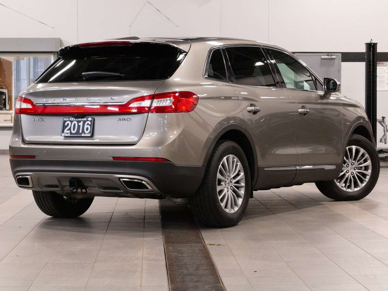 2016 Lincoln MKX for sale in Kelowna, British Columbia
