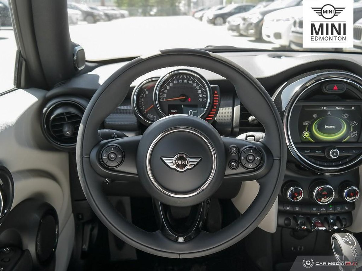 2017 MINI Cooper Hardtop for sale in Edmonton, Alberta