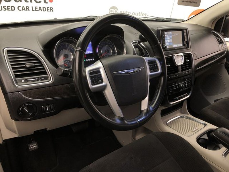 2013 Chrysler Town & Country for sale in Edmonton, Alberta