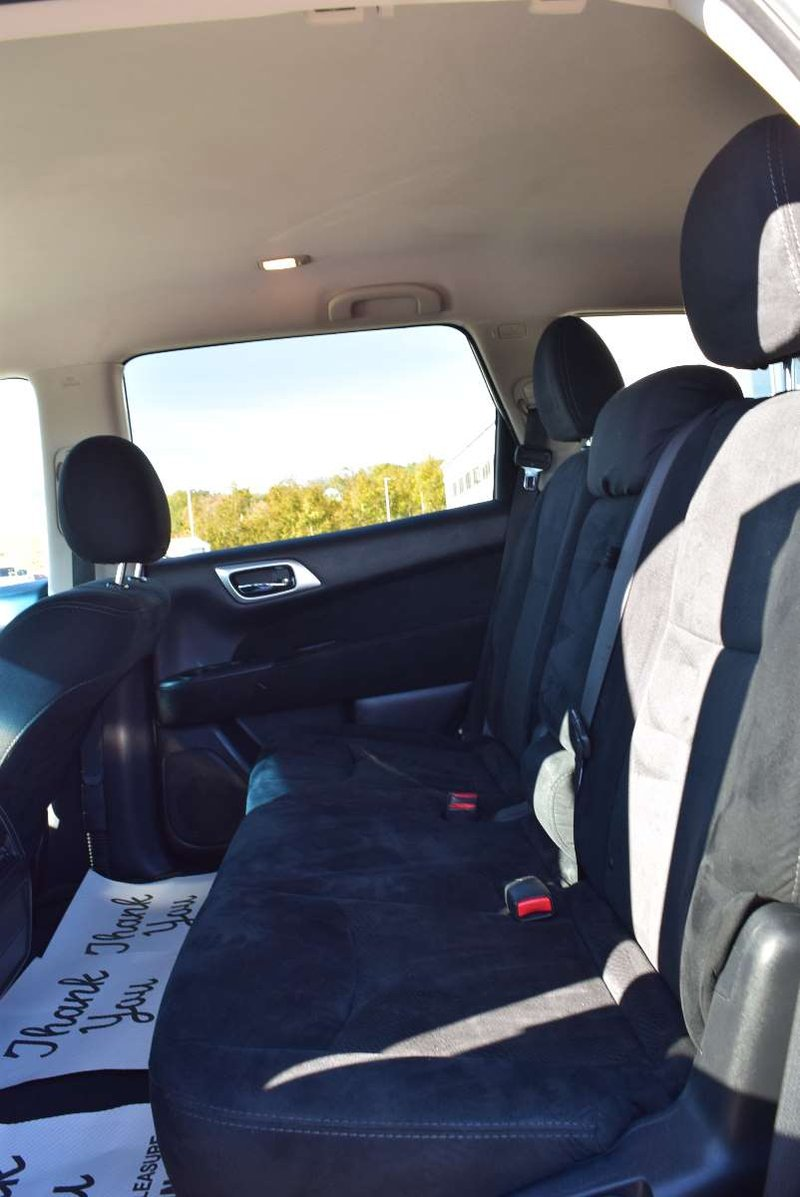 2016 Nissan Pathfinder for sale in Peace River, Alberta