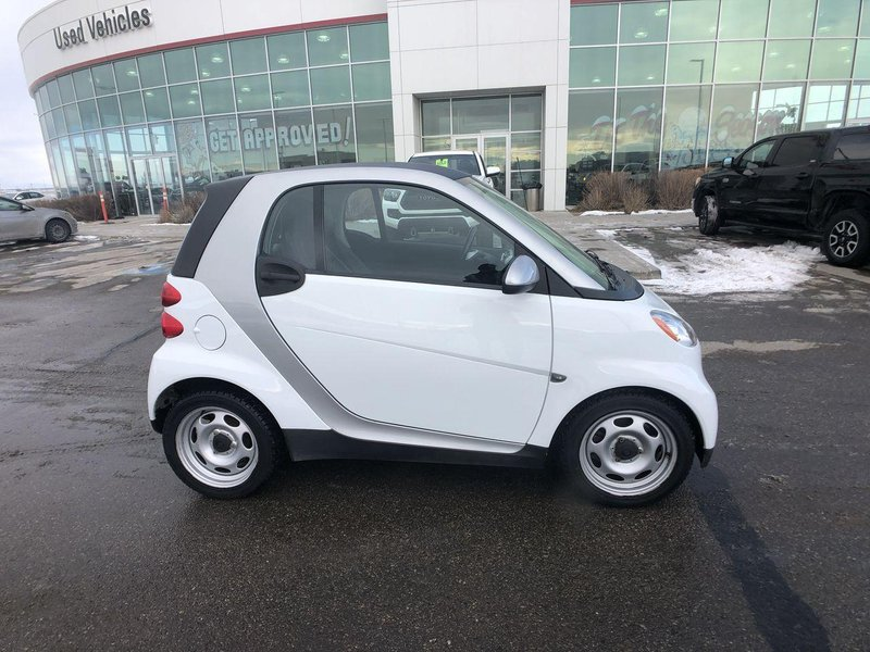 2012 smart fortwo for sale in Calgary, Alberta